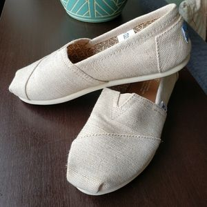 Toms - Light Beige with Gold